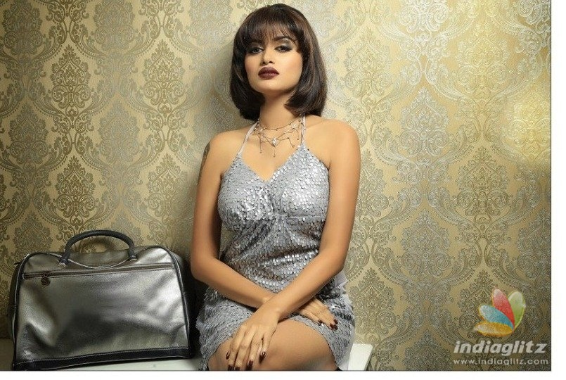 Oviya releases My Life My Rules video announcing 90ML release date