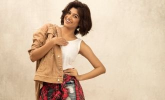 Oviya's latest still goes viral