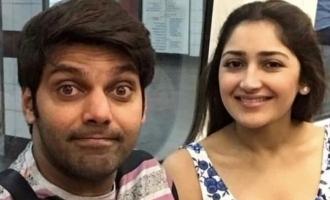 Arya-Sayyeshaa latest abroad pics go viral