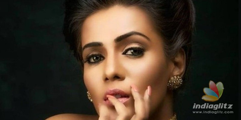 Director clarifies about Meera Mitun allegations
