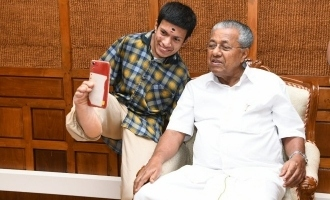 Man's 'leg-selfie' with Kerala CM goes viral