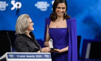 Deepika Padukone gets an international honour!