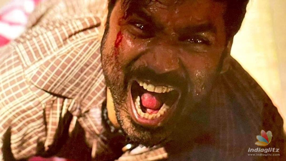 Dhanush reveals his fierce look in Karnan!