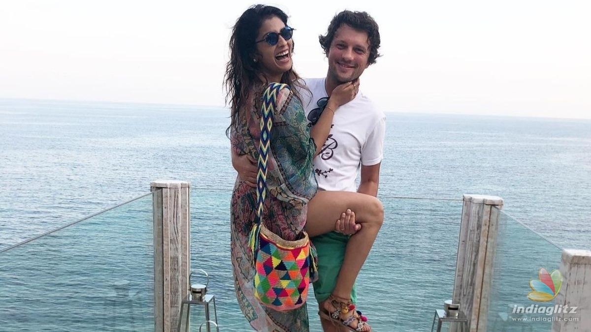 Shriya Sarans lovely romantic photos with husband turns viral!