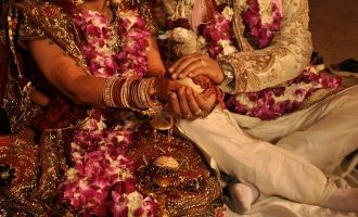 Woman marries 6 men and runs away with cash and jewels