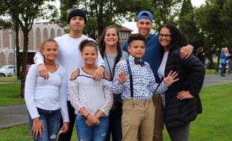 Cancer survivor mother's last walkie talkie call to 6 kids before death due to corona!