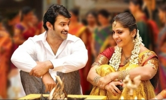 Anushka's reaction to viral wedding photo with Prabhas