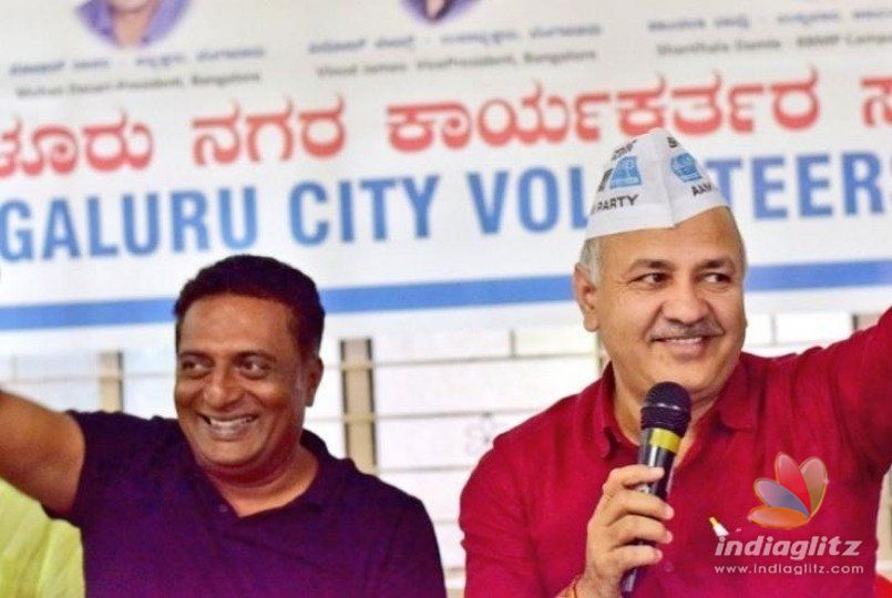 Prakashraj receives political support!