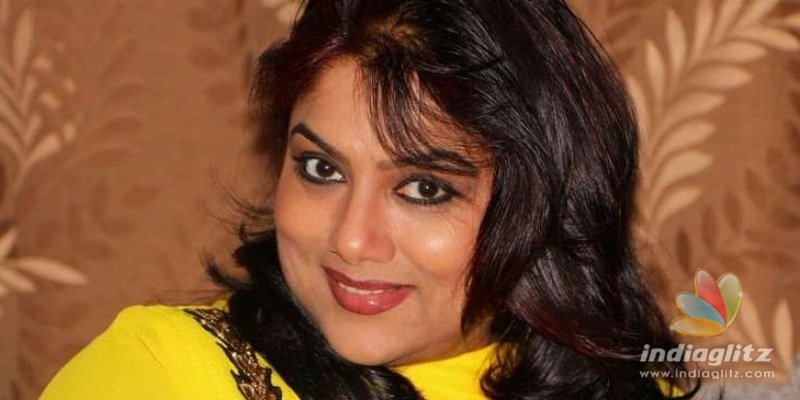 Veteran actress Ranjani to file case against actor for whatsapp chat?