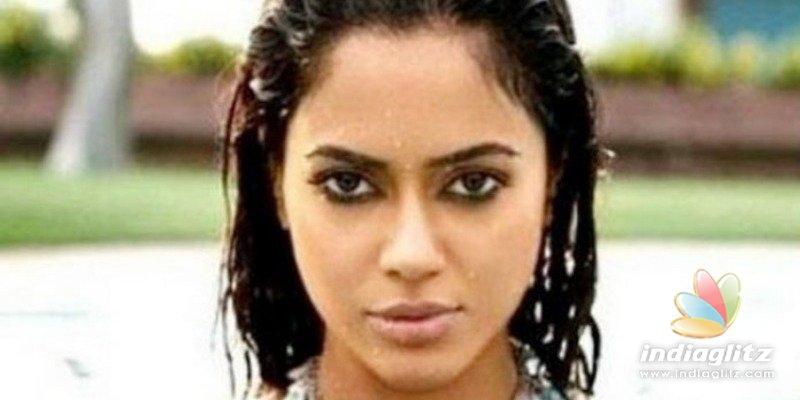 Sameera Reddy posts multiple poses in bed sheet video