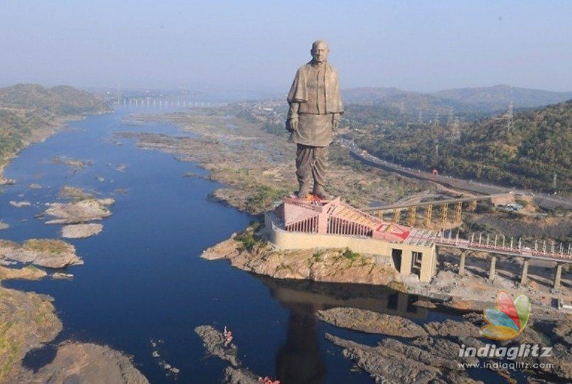 PM Modi unveils the gigantic Sardar Patel statue the tallest in the world