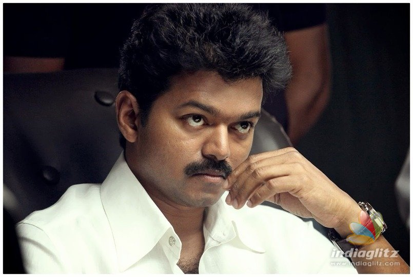 Thalapathy Vijay regulates his fan clubs - Political entry soon?