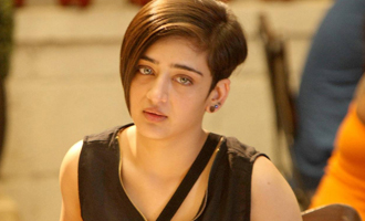 Akshara Haasan Tamil Debut with Mass Hero and Director's Sequel?