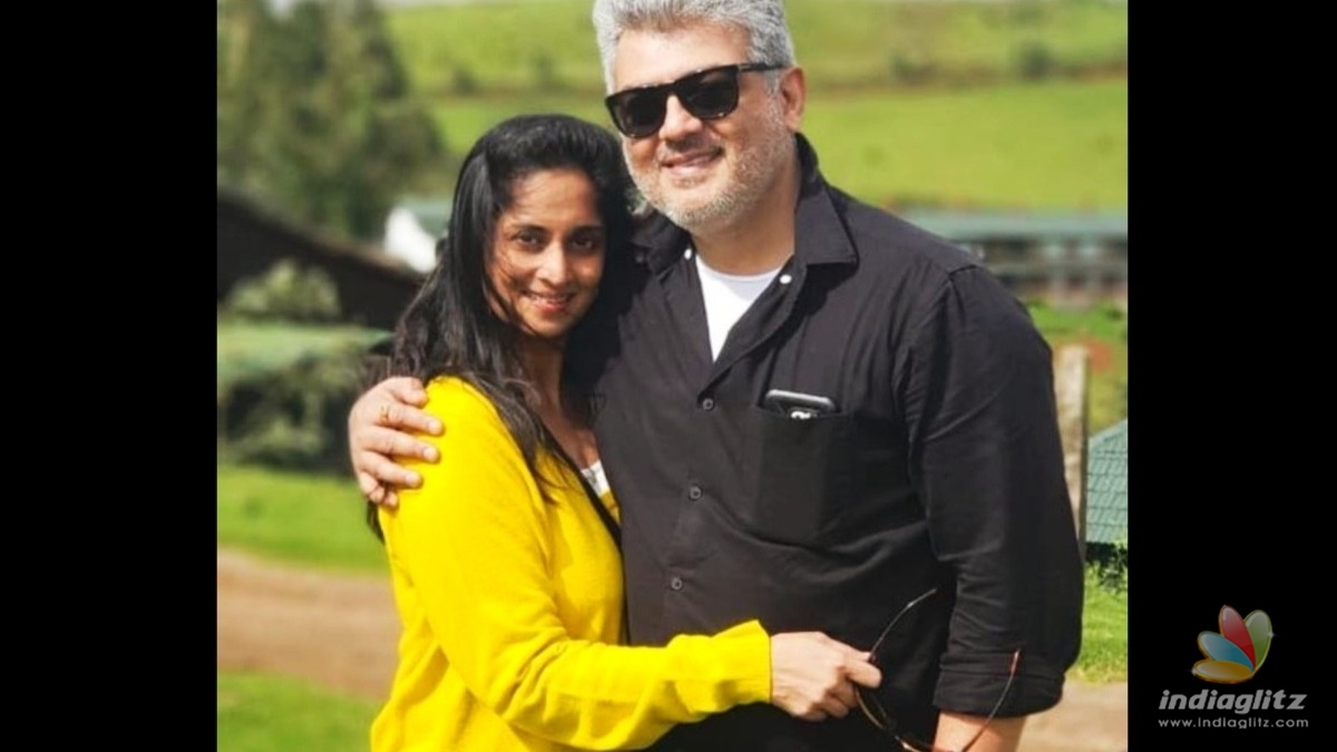 Thala Ajith - Shalinis unseen new romantic photo turns viral!