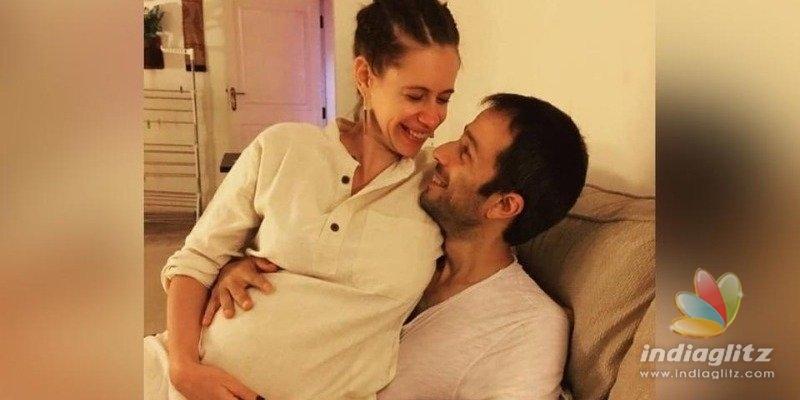 Nerkonda Paarvai actress gives birth