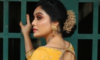 எனது முதல் பேபி ஸ்டெப்: கமல் பாணியை கடைபிடிக்கும் பிக்பாஸ் நடிகை!