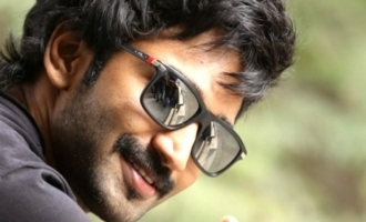 Aadhi's sports flick titled Clap!