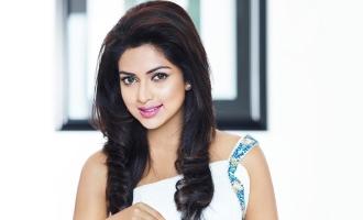 Amala Paul goes to Bollywood