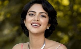 அமலாபாலுக்கு பணம் மட்டுமே முக்கியம்: பெண் அரசியல்வாதி தாக்கு