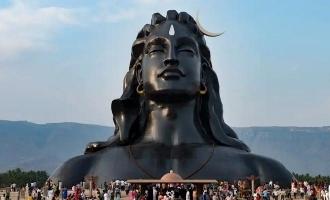 சமந்தாவை அடுத்து ஈஷா மையத்திற்கு சென்ற பிரபல தமிழ் நடிகை!