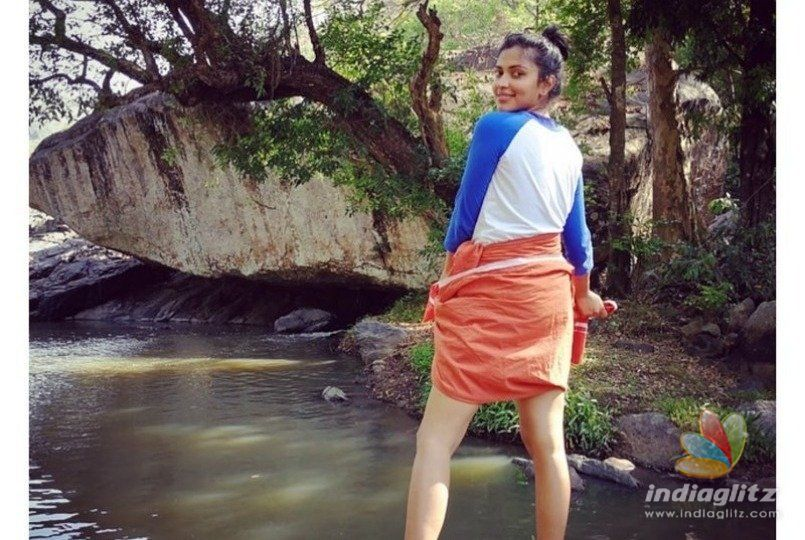 Amala Paul wearing Lungi and inviting to drink liquor goes viral