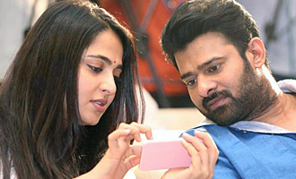 Tamil biggie splits Anushka and Prabhas