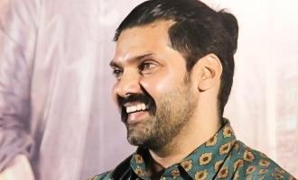 சுந்தர் சி அவர்களின் மேஜிக் இதுதான்: 'அரண்மனை 3' அனுபவம் குறித்து ஆர்யா!