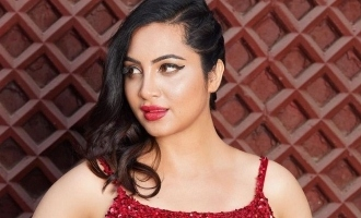 bigg boss 14 contestant arshi khan tests positive for covid 19 asks fans to pray for her coronavirus