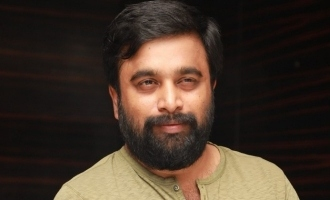 Sasikumar's special gift for this director!