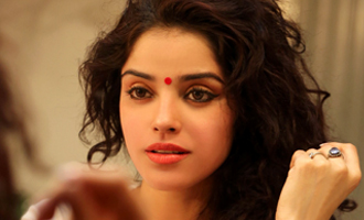Pia Bajpai tonsures head for her next Tamil movie