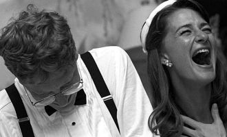 25 years Anniversary of Bill Gates couple marriage