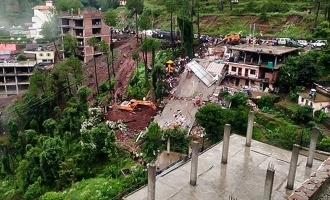 12 killed in 100 year old building collapse!