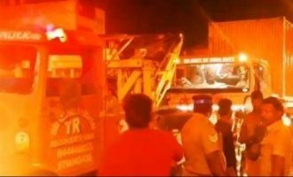 Container lorry loaded with 2000 Crores rupees breaks down in Chennai