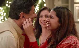 MUST WATCH: Deepika Padukone celebrates Diwali with parents
