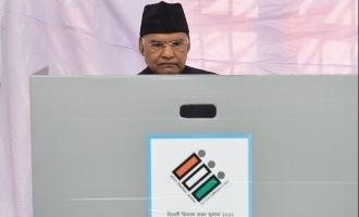 டெல்லி சட்டமன்றத் தேர்தல் மந்தமான வாக்குப் பதிவு