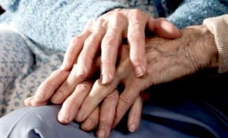 Tamil Nadu: 100-year-old woman dies one hour after 104-year-old husband's death