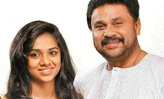 Dileep's wife, daughter visit him in jail for the first time