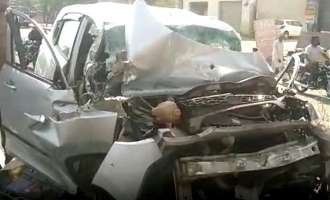 30 year old popular singer shocking death road accident
