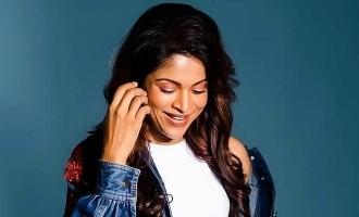Gitanjali Selvaraghavan's uber stylish pregnancy photoshoot wins hearts!