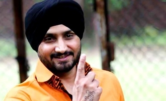 Harbhajan Singh mocks Pakistan after Chandrayaan-2 launch