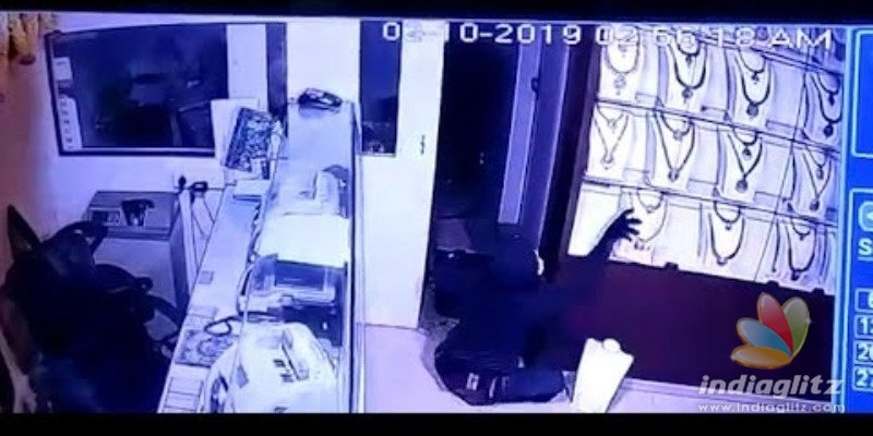 Two arrested in Lalithaa Jewellery robbery case