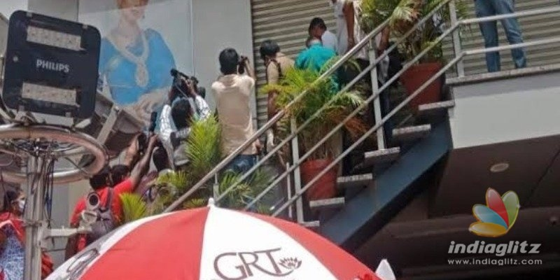 Coimbatore jewellery shop sealed after 4 employees test corona positive!