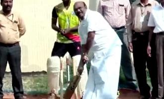 நான் விளையாடியிருந்தால் இந்தியா ஜெயித்திருக்கும்: அமைச்சர் ஜெயக்குமார்