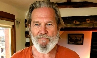 Oscar-winning actor Jeff Bridges reveals he is diagnosed with cancer