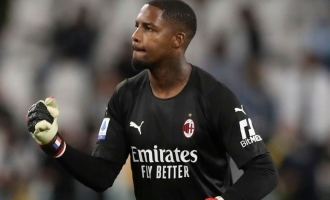 AC Milan player Mike Maignan issues statement after being abused by Juventus fan