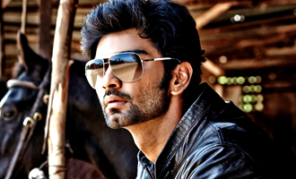 Atharvaa to fight against a Bollywood biggie