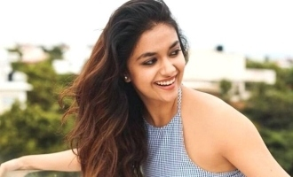 Keerthy Suresh's unknown cricketing talent - Stumps and internet clean bowled