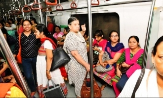 Free Metro and Bus Rides for Women in Delhi, Twitter Set on Fire