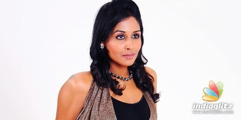 Biriyani actress absconding - CBI issues another lookout order