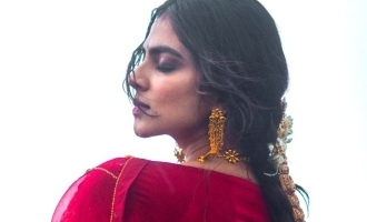 Master Malavika Mohanan's stunning beach photo turns viral!